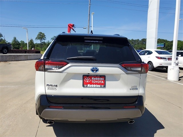 New 2020 Toyota RAV4 Hybrid in Nash, TX