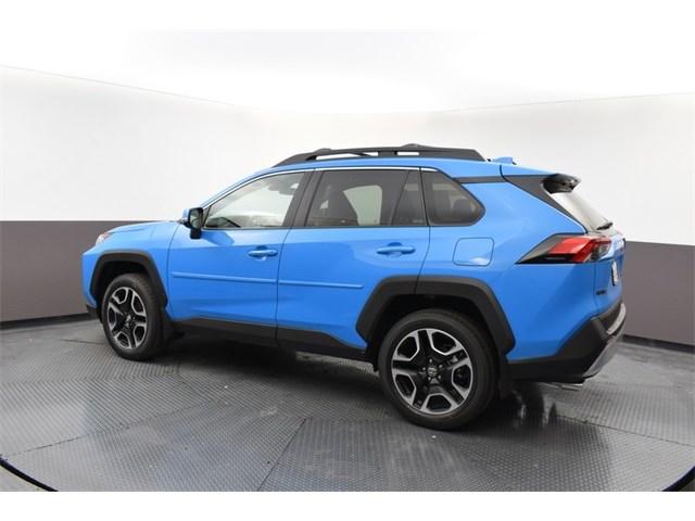 New 2019 Toyota RAV4 in Columbia, MO