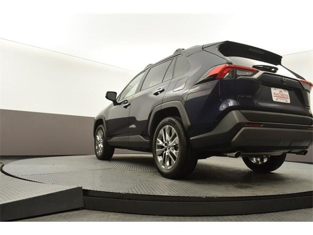 New 2020 Toyota RAV4 in Columbia, MO