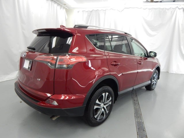 Used 2018 Toyota RAV4 in Manchester, TN