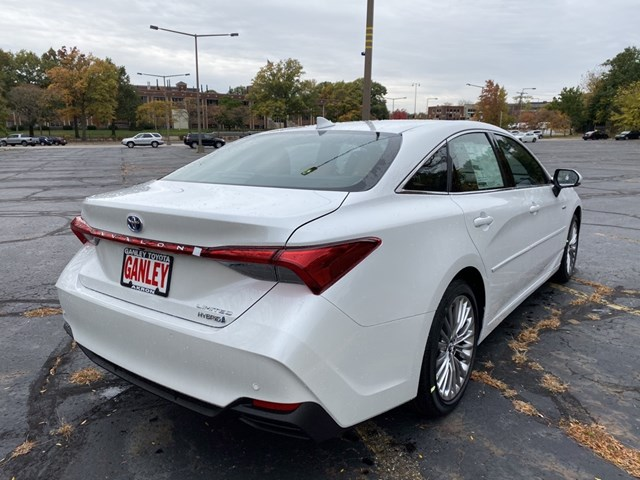New 2020 Toyota Avalon Hybrid in Akron, OH