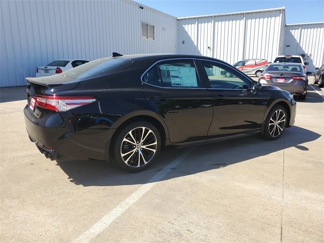 New 2020 Toyota Camry in Nash, TX