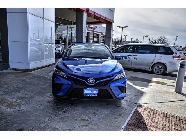 New 2020 Toyota Camry Hybrid in Odessa, TX