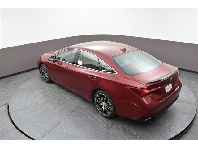 New 2020 Toyota Avalon in Columbia, MO