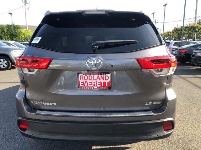 Used 2019 Toyota Highlander in Everett, WA