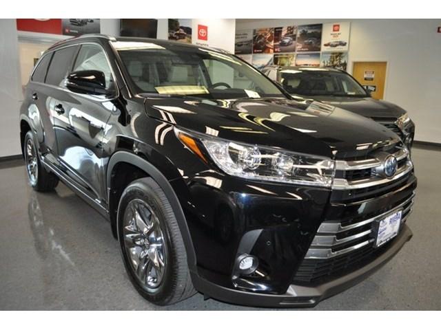 New 2019 Toyota Highlander Hybrid in Mt. Kisco, NY