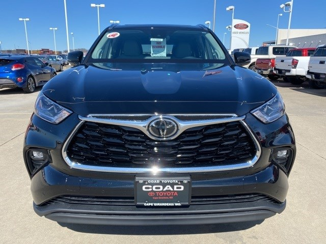 New 2020 Toyota Highlander in Cape Girardeau, MO
