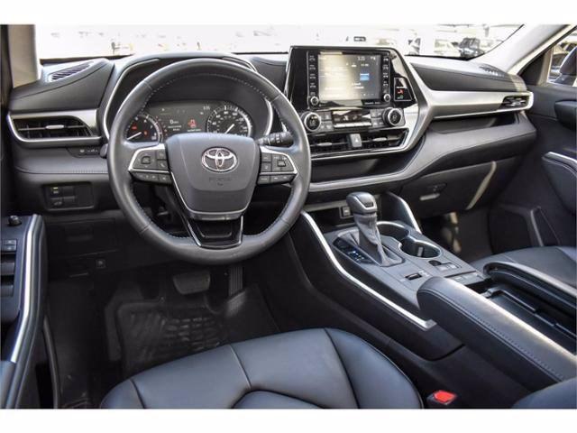 New 2020 Toyota Highlander in Odessa, TX