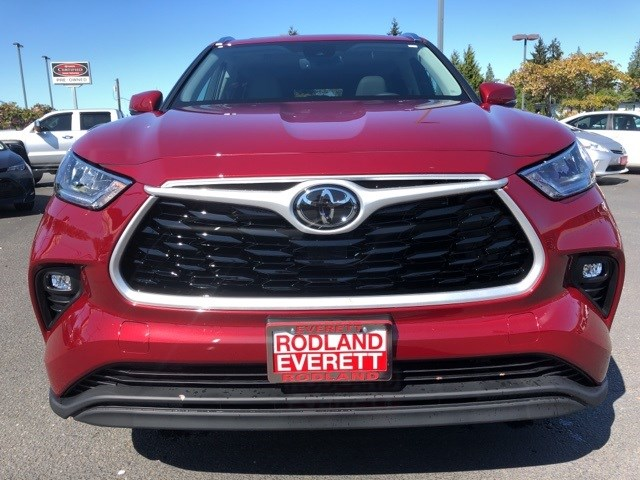 New 2020 Toyota Highlander in Everett, WA
