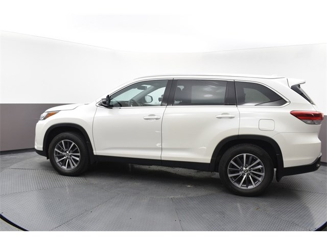 Used 2019 Toyota Highlander in , MO