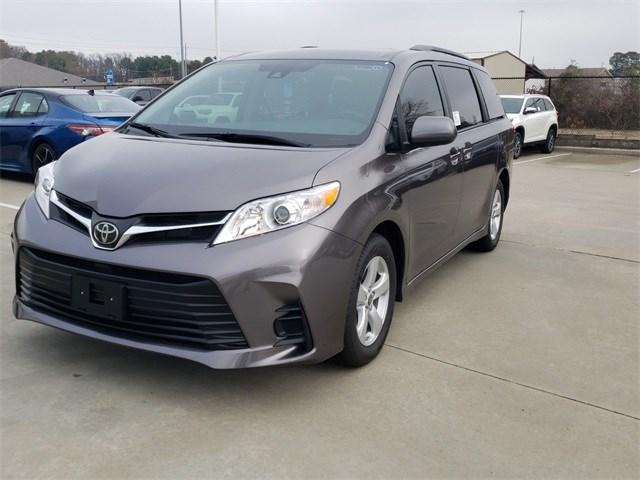 New 2020 Toyota Sienna in Nash, TX