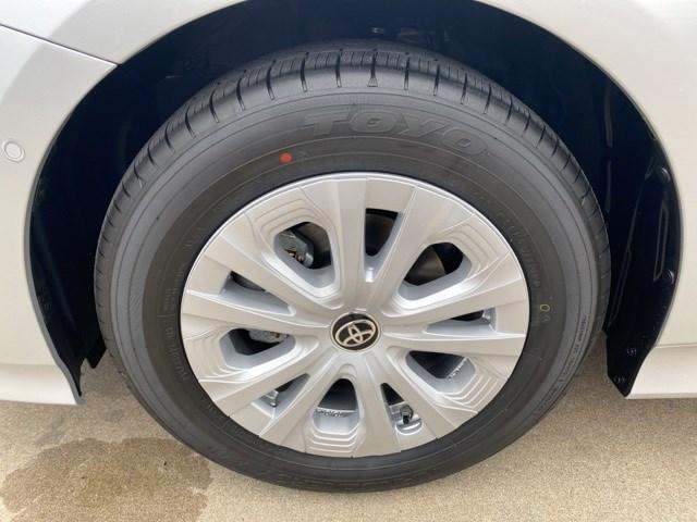 New 2020 Toyota Prius in Cape Girardeau, MO